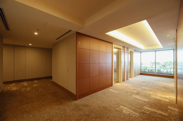37階の共用廊下