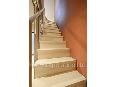 階段(1階・Dタイプ)  ※写真の無断転載禁止